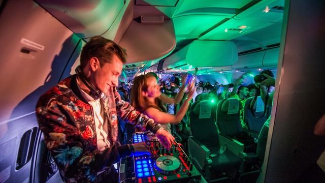 Y'a-t-il un DJ dans l'avion ?
